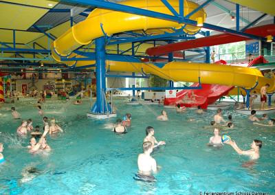 Hallenerlebnisbad Topas mit 60 m Wasserrutsche